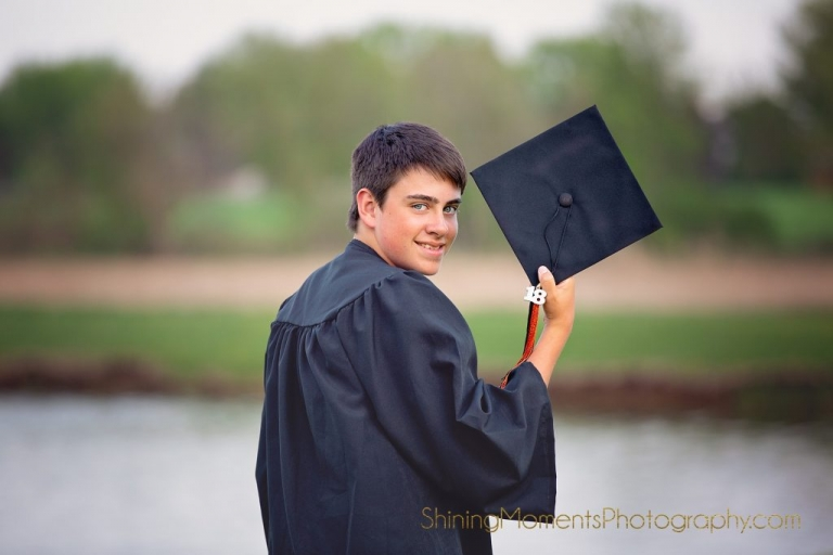 senior-pictures, portraits-seniors, graduation, senior-photographer, cap-gown, st-charles-il, sycamore,