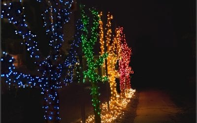 St Charles Photography with Holiday Light Shows!